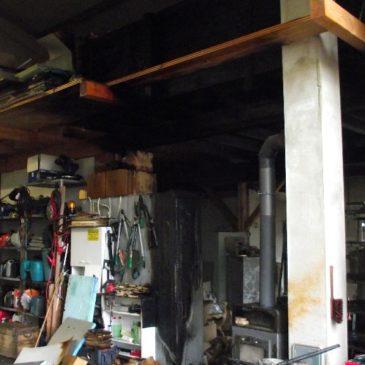 Explosion einer Lagerhalle bei Aich in Oberpframmern