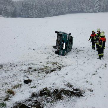 Verkehrsunfall – Höhe Überloh – Schneeglätte